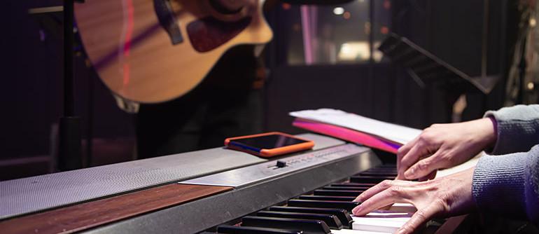 ECLA-Auriol-loisirs-activites-musique-enfants-adultes-adolescents-cours-collectif-individuel-boeuf
